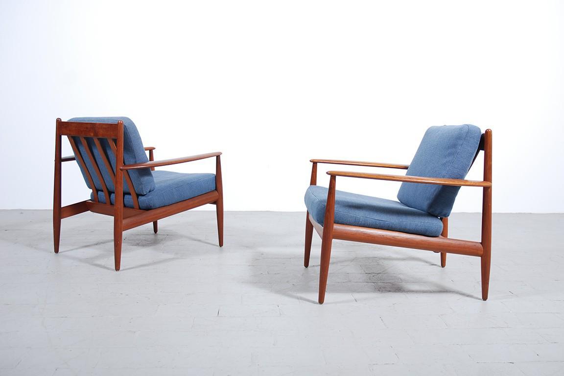 grete jalk paire de fauteuils vintage jasper. Black Bedroom Furniture Sets. Home Design Ideas